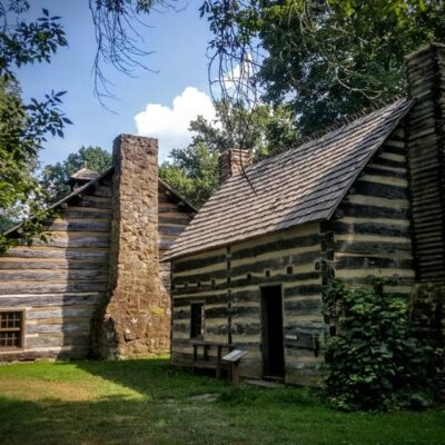Reasons for Renting a Log Cabin